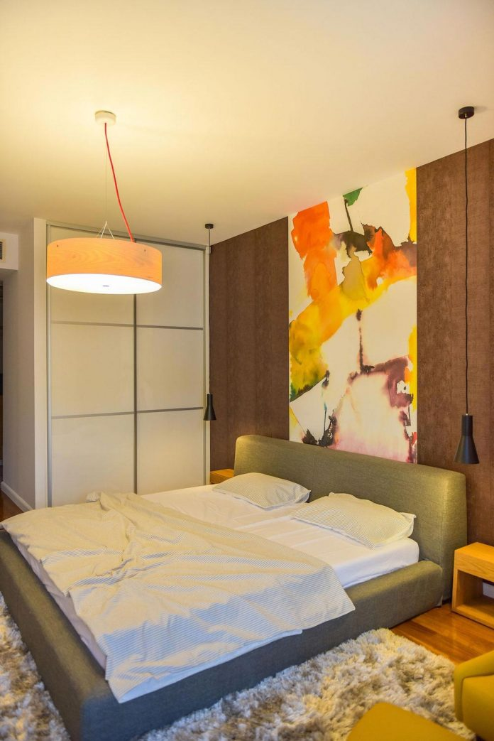 apartment-z-provides-space-comfortable-cosy-warm-without-compromising-design-23