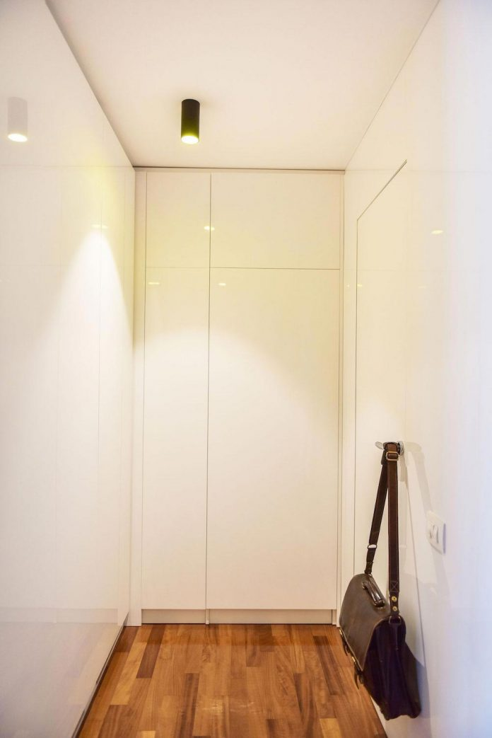 apartment-z-provides-space-comfortable-cosy-warm-without-compromising-design-24
