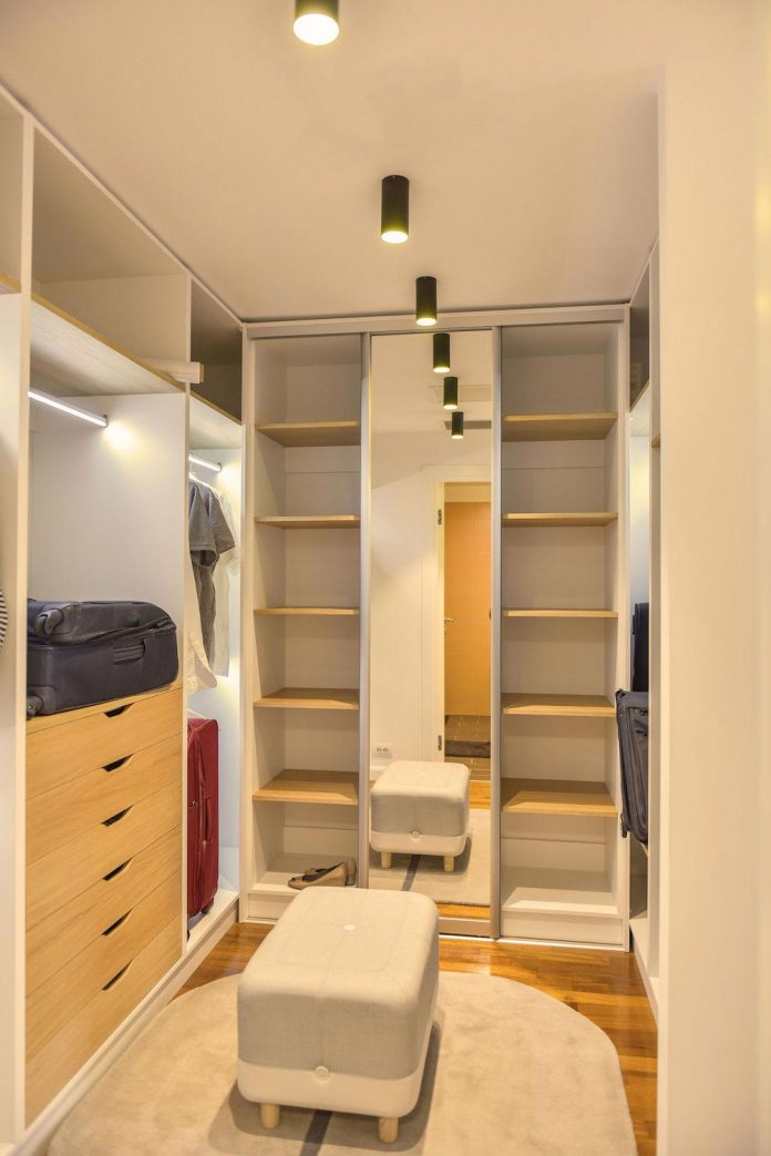 apartment-z-provides-space-comfortable-cosy-warm-without-compromising-design-25