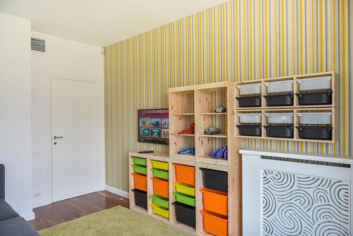 apartment-z-provides-space-comfortable-cosy-warm-without-compromising-design-36