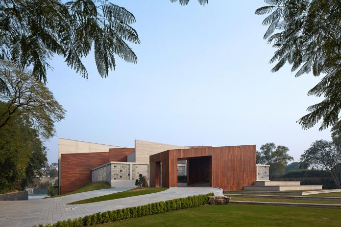 artisan-house-project-morphogenesis-looks-revive-re-establish-patronage-traditional-indian-artisanal-skills-01