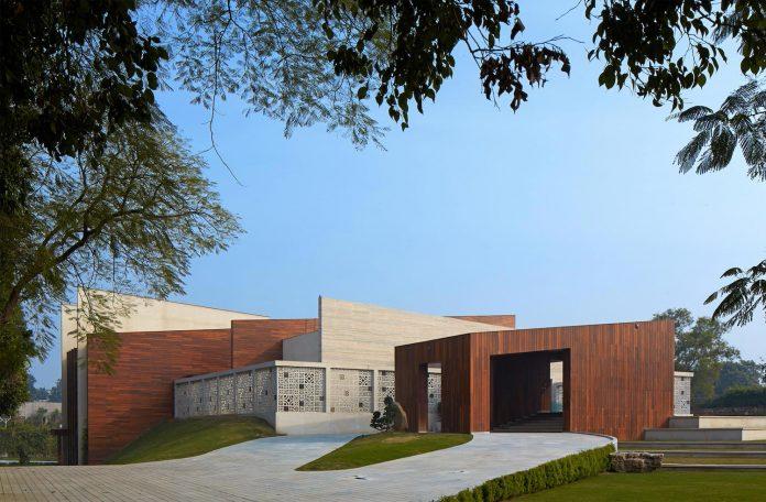 artisan-house-project-morphogenesis-looks-revive-re-establish-patronage-traditional-indian-artisanal-skills-02