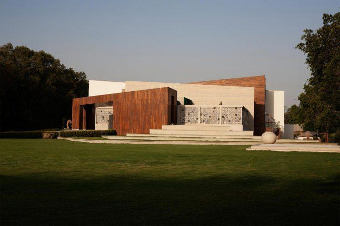 artisan-house-project-morphogenesis-looks-revive-re-establish-patronage-traditional-indian-artisanal-skills-07