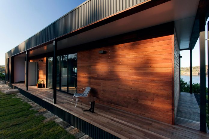 avalon-house-archiblox-contemporary-eco-friendly-prefab-home-built-just-6-weeks-04