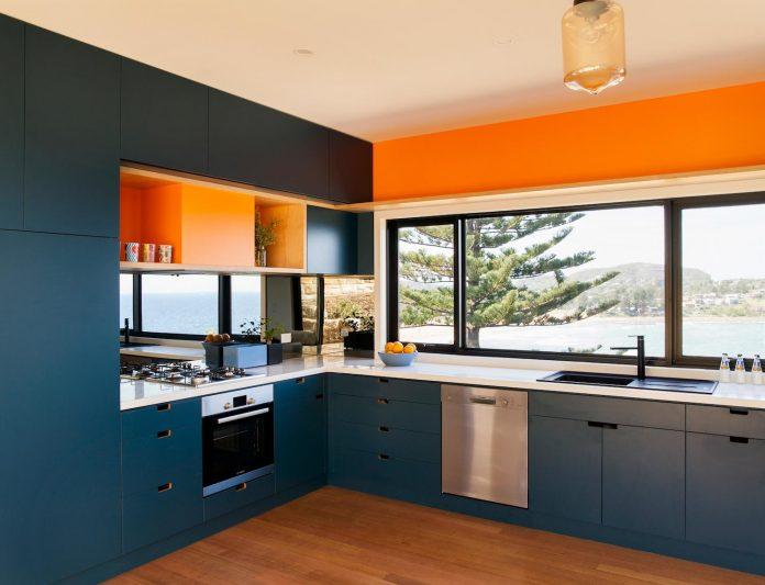avalon-house-archiblox-contemporary-eco-friendly-prefab-home-built-just-6-weeks-06