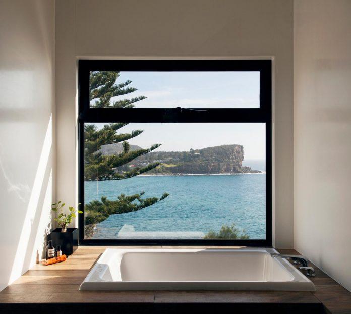 avalon-house-archiblox-contemporary-eco-friendly-prefab-home-built-just-6-weeks-10