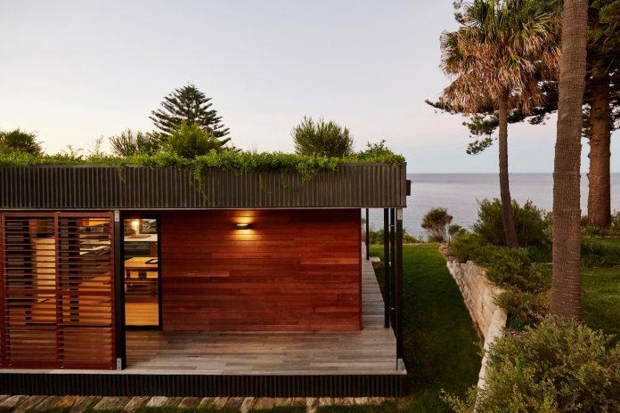 avalon-house-archiblox-contemporary-eco-friendly-prefab-home-built-just-6-weeks-12