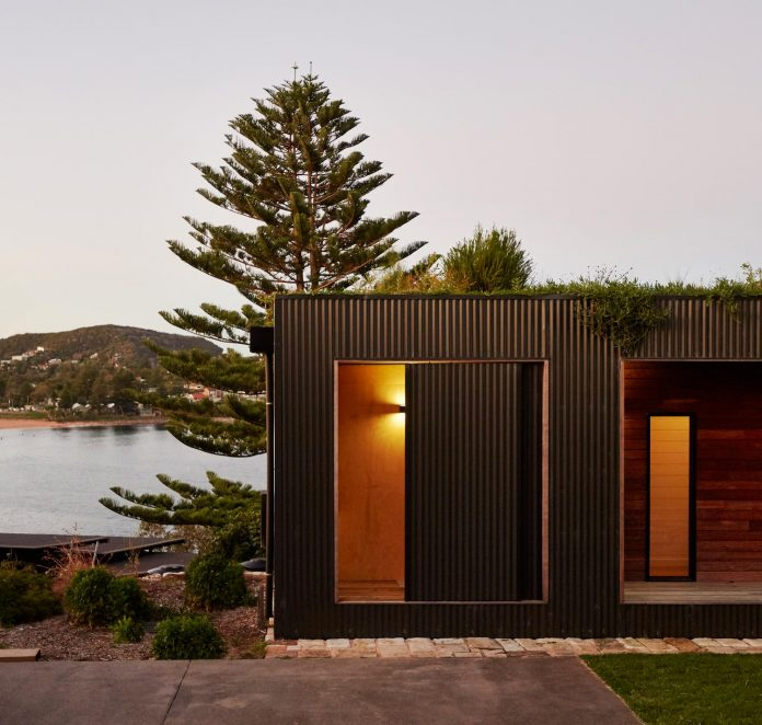 avalon-house-archiblox-contemporary-eco-friendly-prefab-home-built-just-6-weeks-13