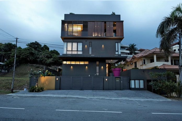 bungalow-completely-redesigned-contemporary-new-squarish-structure-24