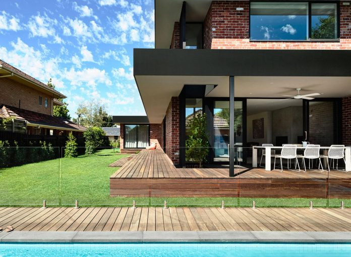 California Design Home With Recycled Brick In The Exterior And Beauteous Bright Design Homes