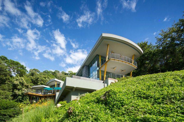 casa-magayon-sarco-architects-tropical-modern-luxury-home-peninsula-papagayo-luxury-resort-costa-rica-05