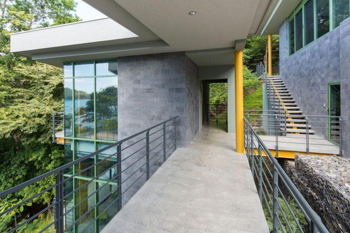 casa-magayon-sarco-architects-tropical-modern-luxury-home-peninsula-papagayo-luxury-resort-costa-rica-07