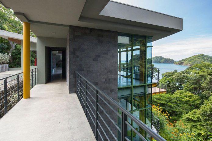 casa-magayon-sarco-architects-tropical-modern-luxury-home-peninsula-papagayo-luxury-resort-costa-rica-08