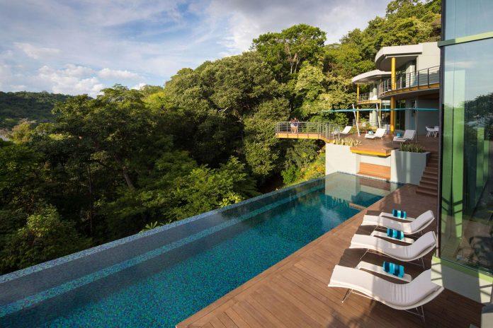 casa-magayon-sarco-architects-tropical-modern-luxury-home-peninsula-papagayo-luxury-resort-costa-rica-14