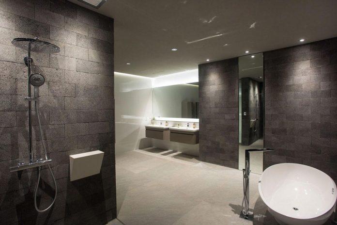 casa-magayon-sarco-architects-tropical-modern-luxury-home-peninsula-papagayo-luxury-resort-costa-rica-29