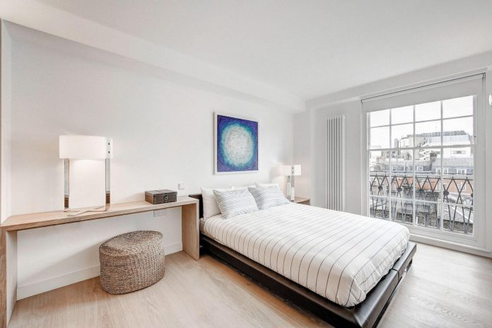 complete-redesign-4th-floor-level-apartment-located-londons-exclusive-mayfair-conservation-area-westminster-06