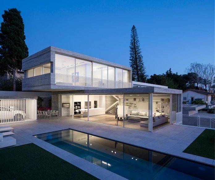 dual-house-modern-duplex-house-located-small-neighborhood-north-tel-aviv-13