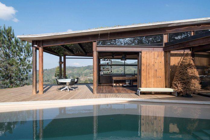gozu-house-located-natural-environment-2200-m-7218-ft-altitude-el-retiro-colombia-05