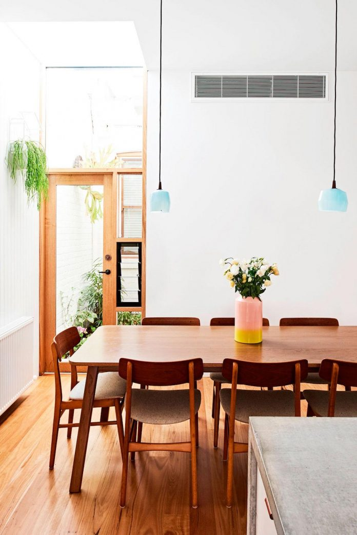 high-house-end-product-significant-renovation-sixteen-foot-wide-inner-city-terrace-10