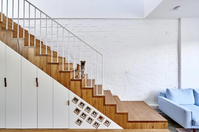 high-house-end-product-significant-renovation-sixteen-foot-wide-inner-city-terrace-12
