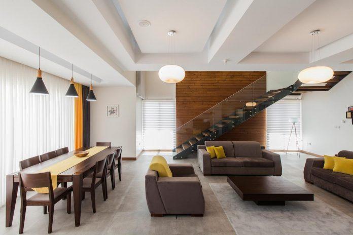 house-designed-family-eight-divided-three-plot-slope-06