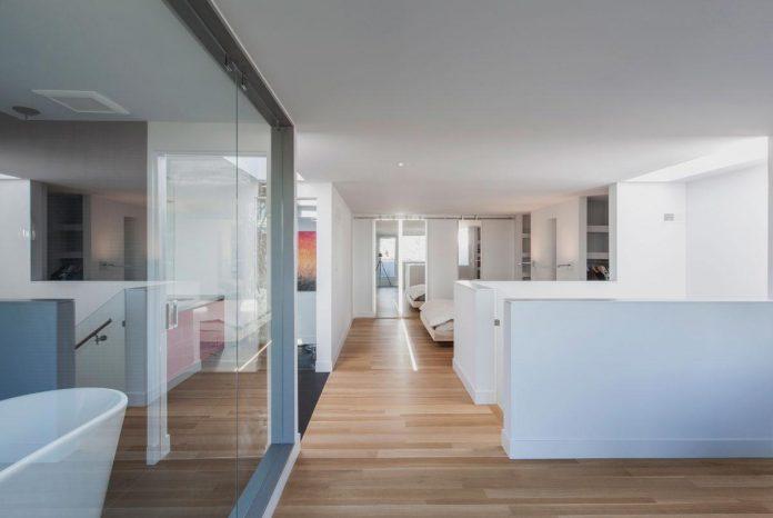 instar-house-minimalist-three-storey-wood-steel-structure-toronto-08