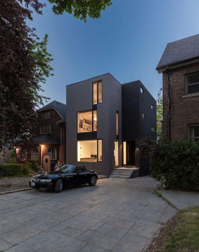 instar-house-minimalist-three-storey-wood-steel-structure-toronto-10