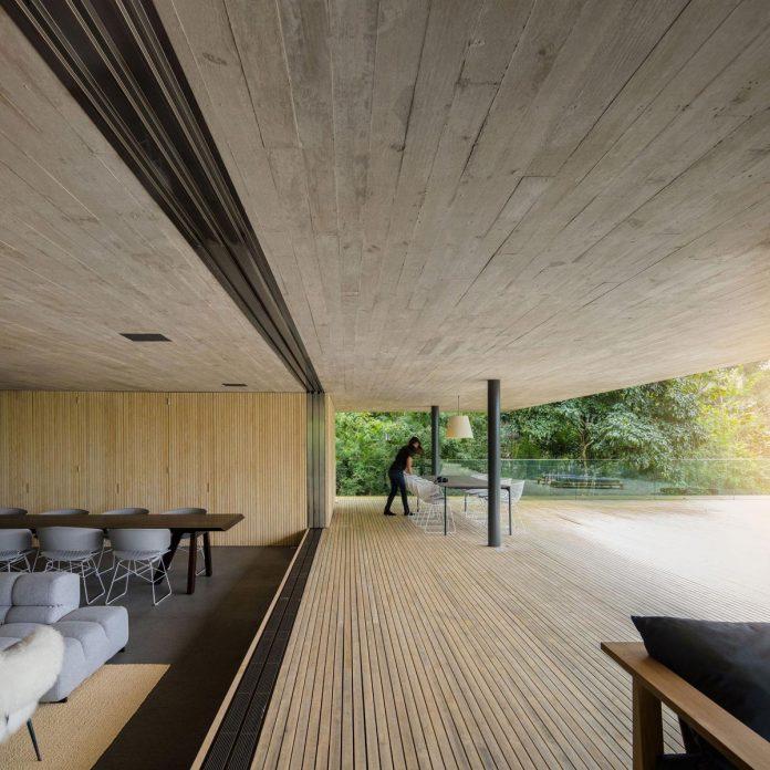 jungle-house-studiomk27-home-rain-forest-settled-mountainous-topography-dense-vegetation-13