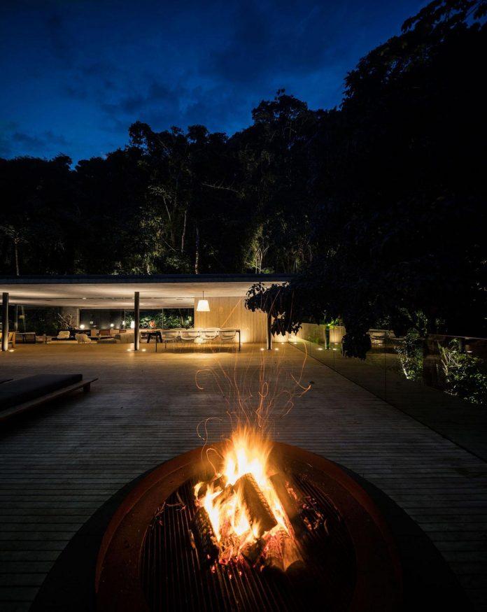 jungle-house-studiomk27-home-rain-forest-settled-mountainous-topography-dense-vegetation-30