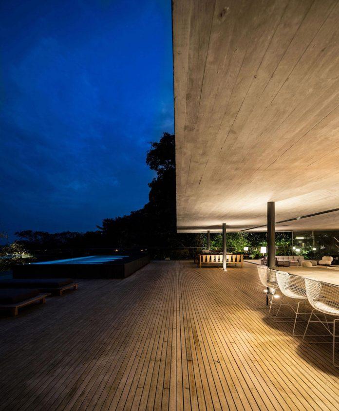 jungle-house-studiomk27-home-rain-forest-settled-mountainous-topography-dense-vegetation-32