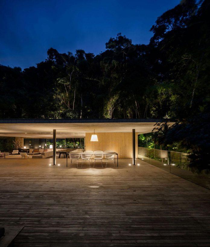 jungle-house-studiomk27-home-rain-forest-settled-mountainous-topography-dense-vegetation-36