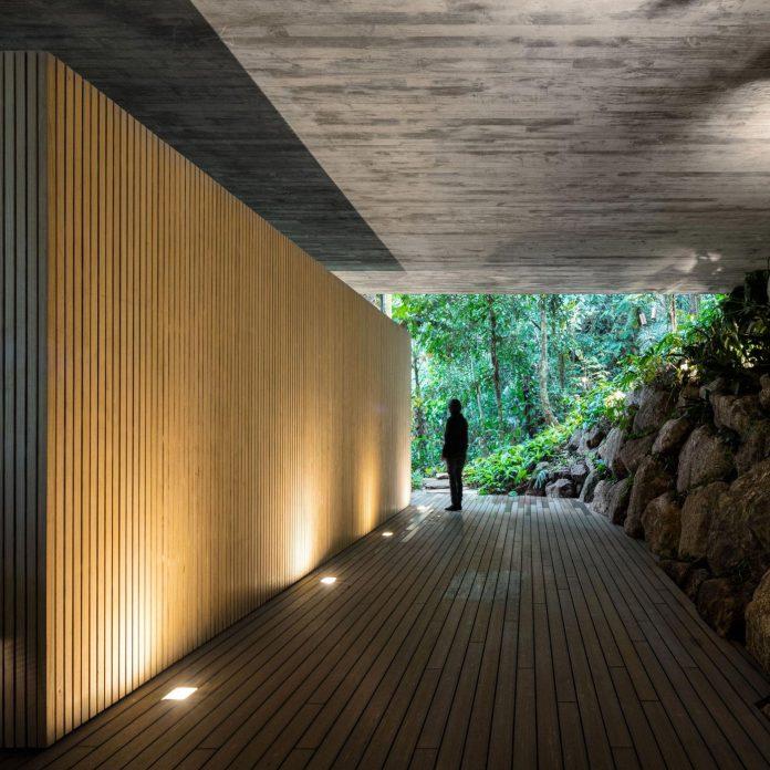 jungle-house-studiomk27-home-rain-forest-settled-mountainous-topography-dense-vegetation-37