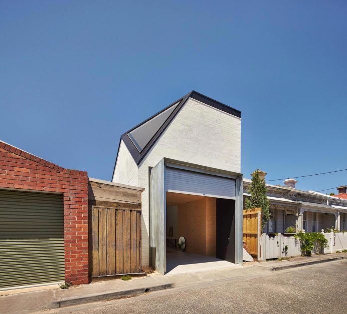 kite-contemporary-stylish-renovation-architecture-architecture-01
