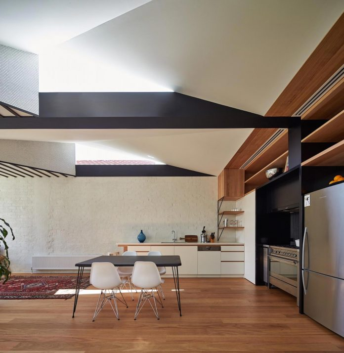 kite-contemporary-stylish-renovation-architecture-architecture-02