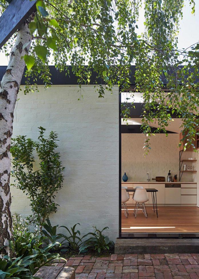 kite-contemporary-stylish-renovation-architecture-architecture-10