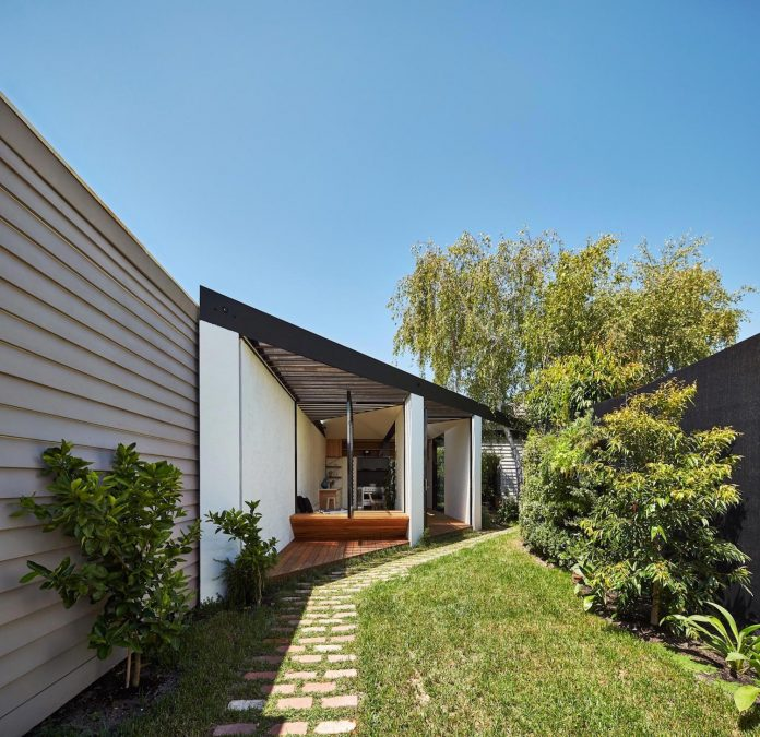 kite-contemporary-stylish-renovation-architecture-architecture-13