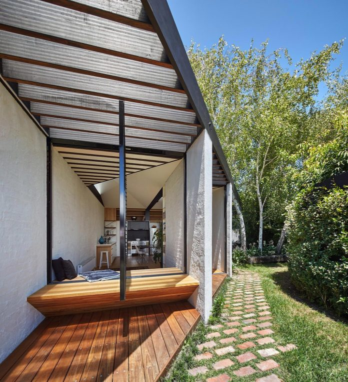 kite-contemporary-stylish-renovation-architecture-architecture-14