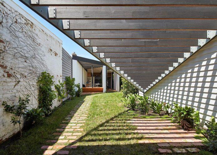 kite-contemporary-stylish-renovation-architecture-architecture-15
