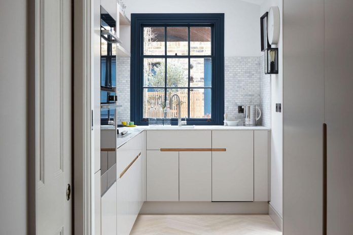 lambeth-marsh-house-conversion-creates-light-airy-space-because-contemporary-rear-side-extension-07
