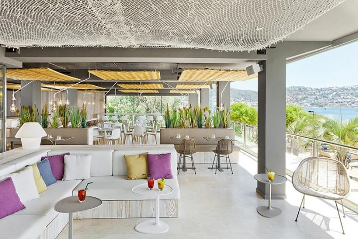 les-algues-chill-drinks-mediterranean-character-first-floor-hotel-maritim-01