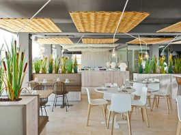 Les Algues Chill and drinks, a Mediterranean character of the first floor of Hotel Maritim