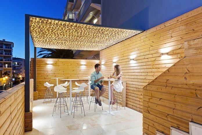 les-algues-chill-drinks-mediterranean-character-first-floor-hotel-maritim-11