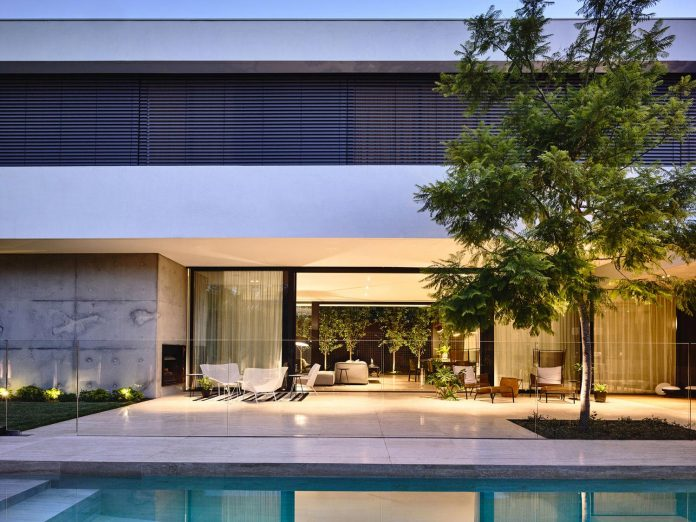 modern-home-designed-workroom-toorak-suburb-melbourne-22