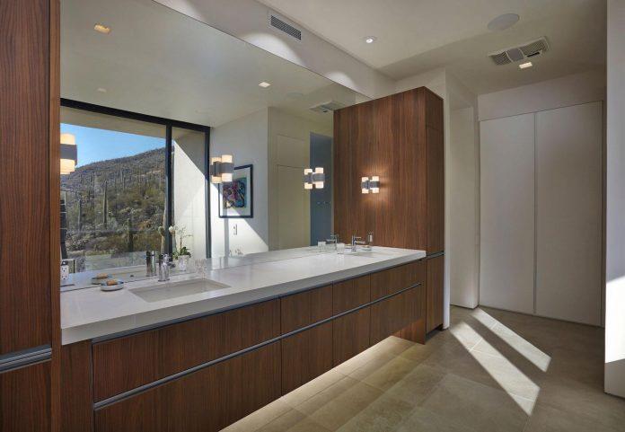 modern-minimal-home-pristine-box-seemed-landed-desert-foothills-tucson-arizona-11