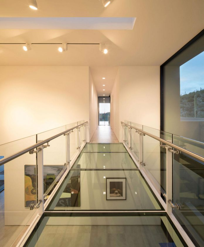 modern-minimal-home-pristine-box-seemed-landed-desert-foothills-tucson-arizona-12