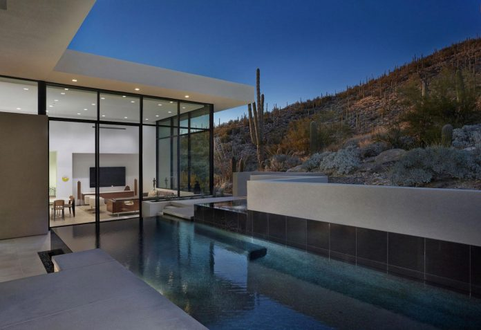 modern-minimal-home-pristine-box-seemed-landed-desert-foothills-tucson-arizona-13