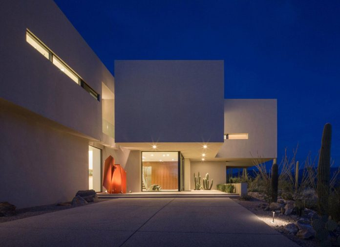 modern-minimal-home-pristine-box-seemed-landed-desert-foothills-tucson-arizona-14