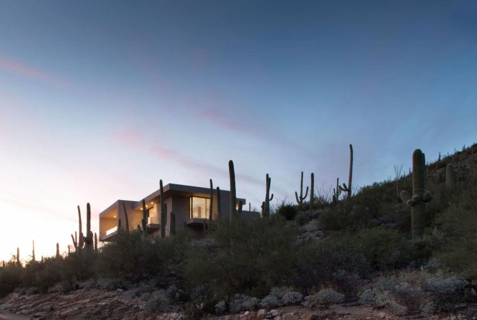 modern-minimal-home-pristine-box-seemed-landed-desert-foothills-tucson-arizona-17