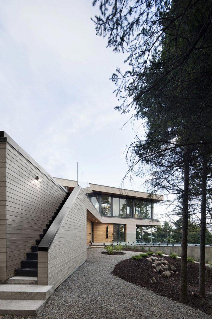 mountain-residence-cap-laigle-v-shape-long-facades-suspended-nature-01
