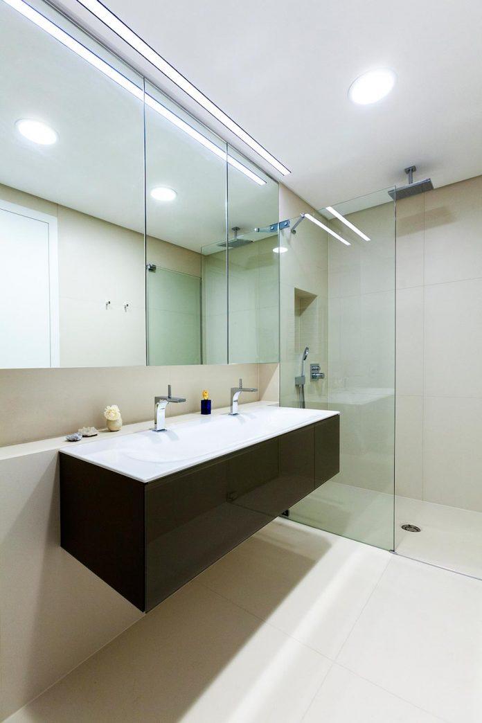 natural-materials-elegant-pieces-furniture-new-apartment-located-old-town-bratislava-12